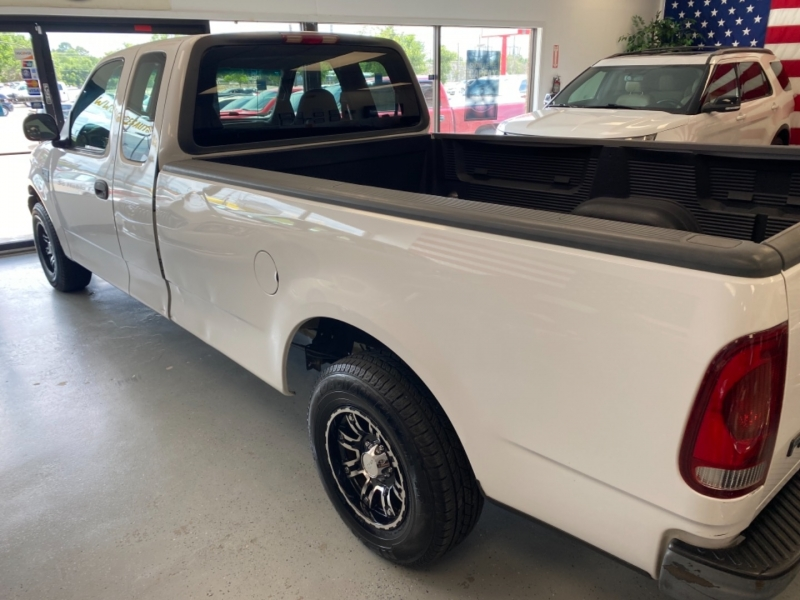 Ford F-150 2001 price $7,998
