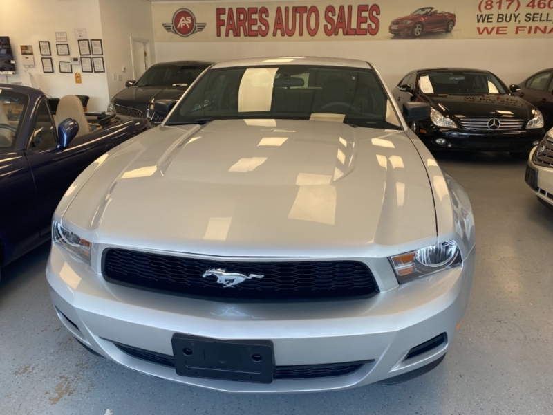 Ford Mustang 2010 price $13,998