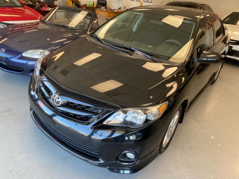 Toyota Corolla 2011 price $9,998