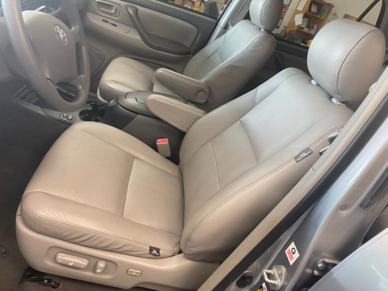 Toyota Sequoia 2005 price $14,500
