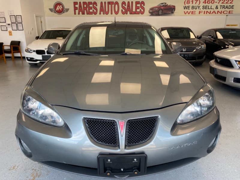 Pontiac Grand Prix 2005 price $8,998