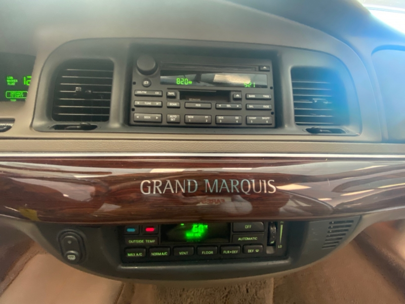 Mercury Grand Marquis 2004 price $9,998
