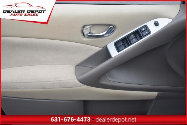 Nissan Murano 2009 price $8,990