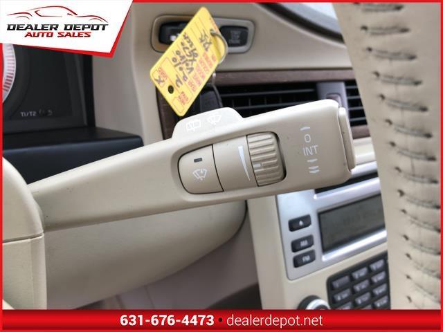 Volvo XC70 2010 price $9,995