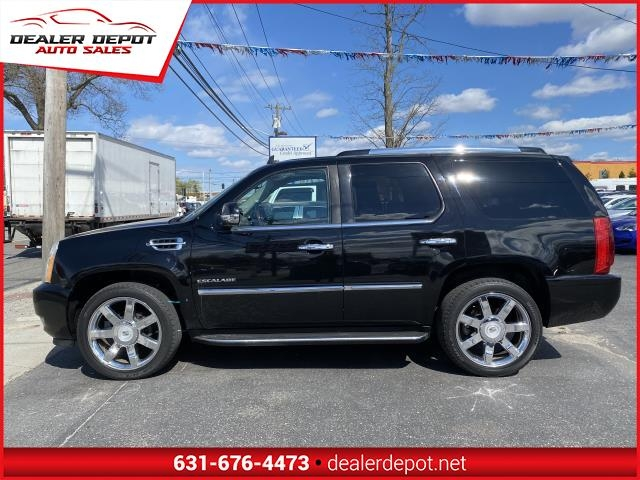 Cadillac Escalade 2010 price $17,995