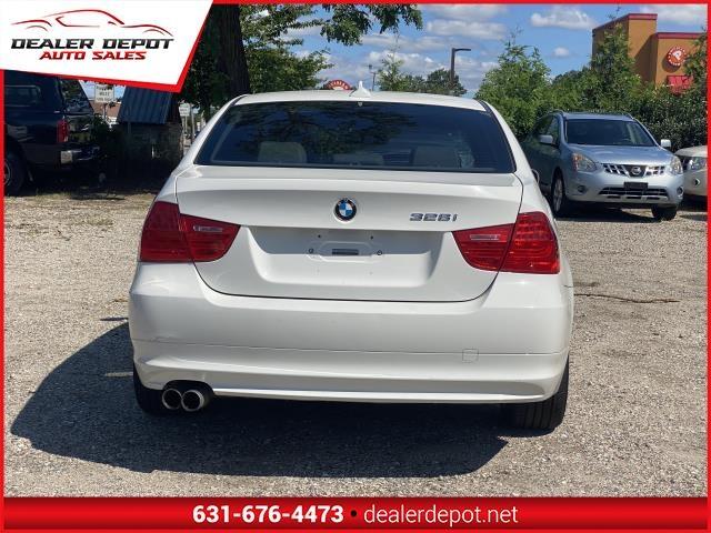 BMW 3 Series 2011 price $11,995