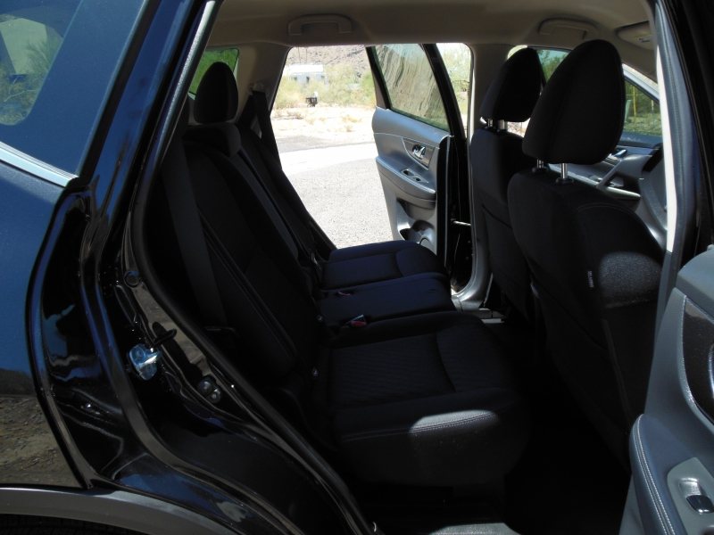 Nissan Rogue 2018 price $14,979