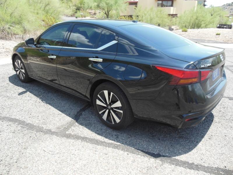 Nissan Altima 2020 price $24,979