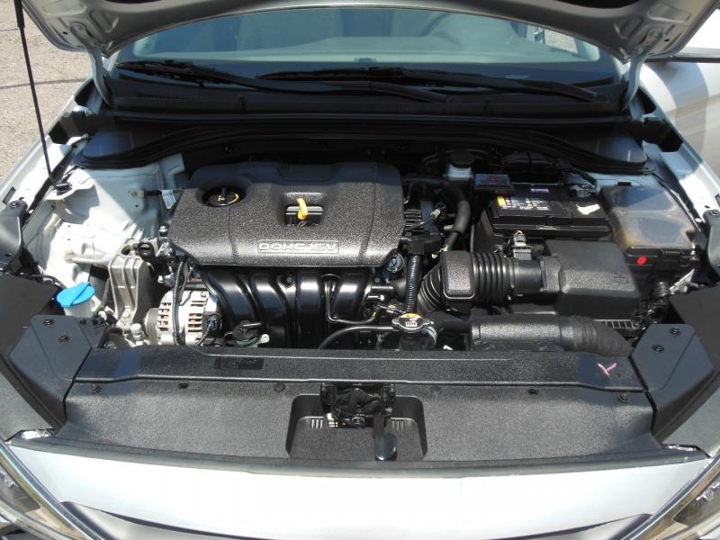 Hyundai Elantra 2020 price $17,979