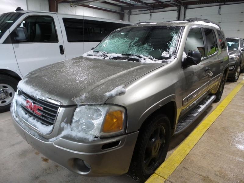 GMC Envoy XL 2003 price $823