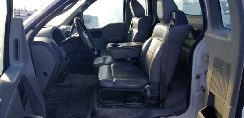 Ford F-150 2004 price $1,098