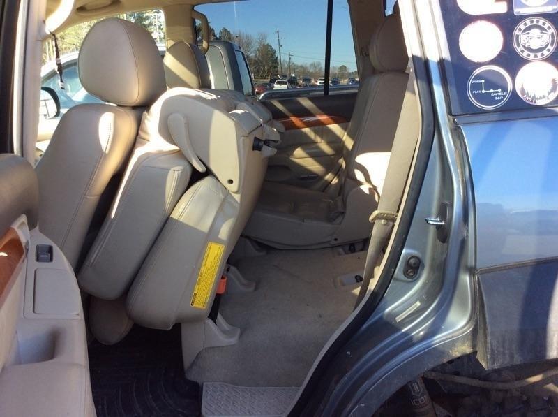 Lexus GX 470 2004 price $3,398