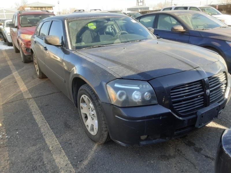 Dodge Magnum 2005 price $998