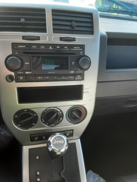 Jeep Compass 2007 price $1,123