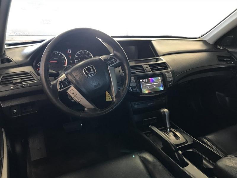 Honda Accord Sdn 2008 price $2,398