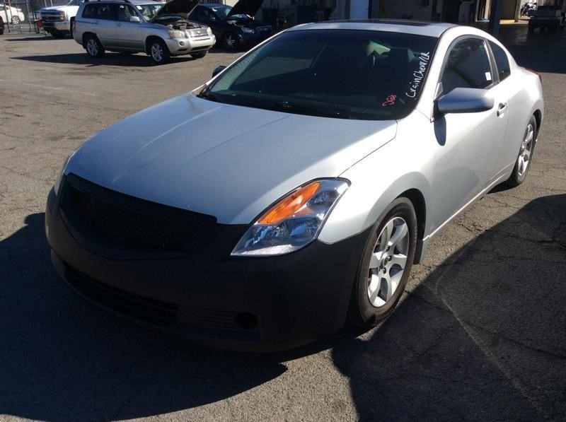 Nissan Altima 2008 price $973