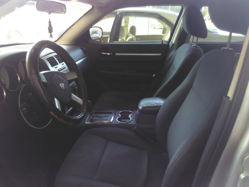 Dodge Charger 2009 price $1,898