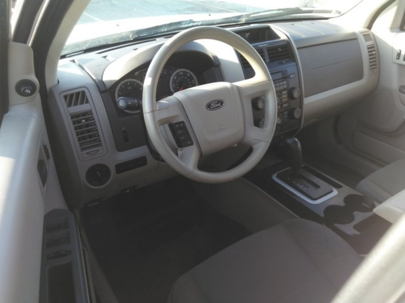 Ford Escape 2012 price $1,536