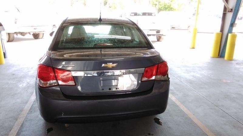 Chevrolet Cruze 2013 price $2,448