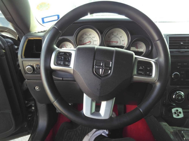 Dodge Challenger 2013 price $6,998