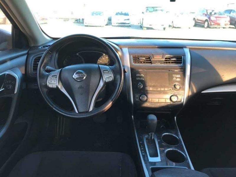 Nissan Altima 2013 price $2,098