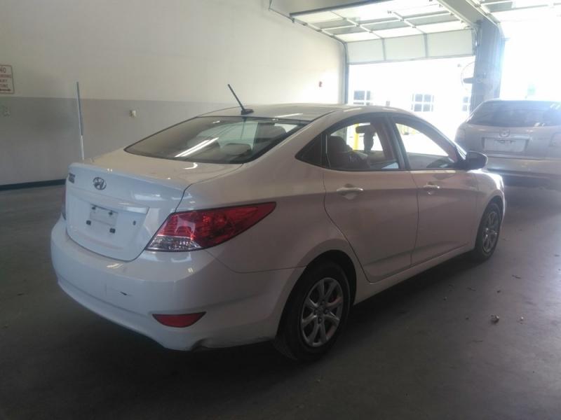 Hyundai Accent 2014 price $3,423