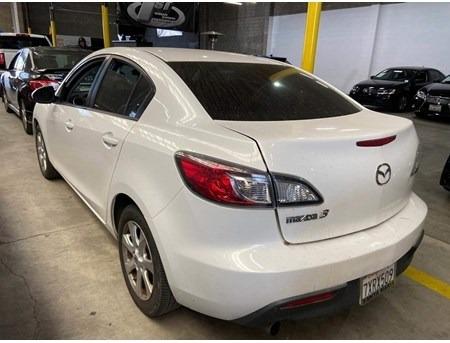 Mazda Mazda3 2011 price $2,789