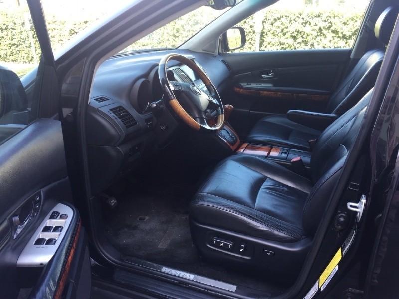 Lexus RX 330 2005 price $6,754