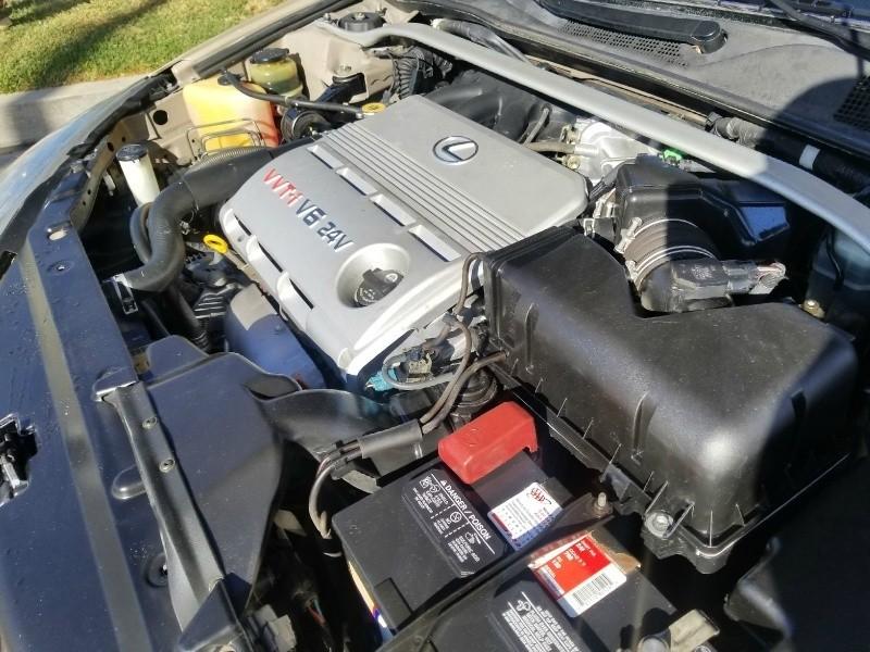Lexus ES 300 2002 price $4,288
