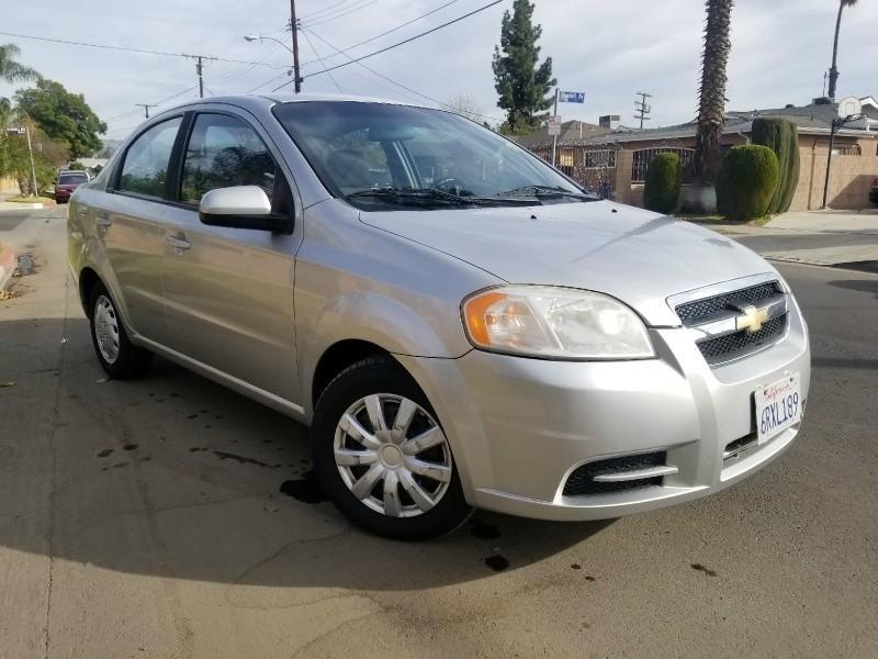 Chevrolet Aveo 2010 price $2,700