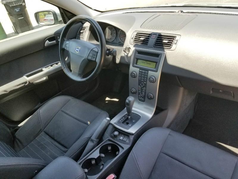 Volvo S40 2005 price $3,988