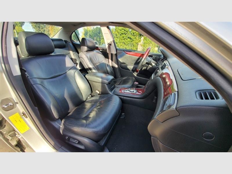 Lexus ES 300 2003 price $3,588