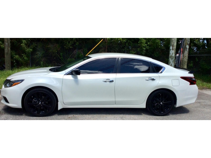 Nissan Altima 2017 price $13,700