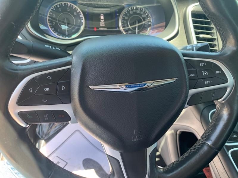 Chrysler 200 2015 price $10,233