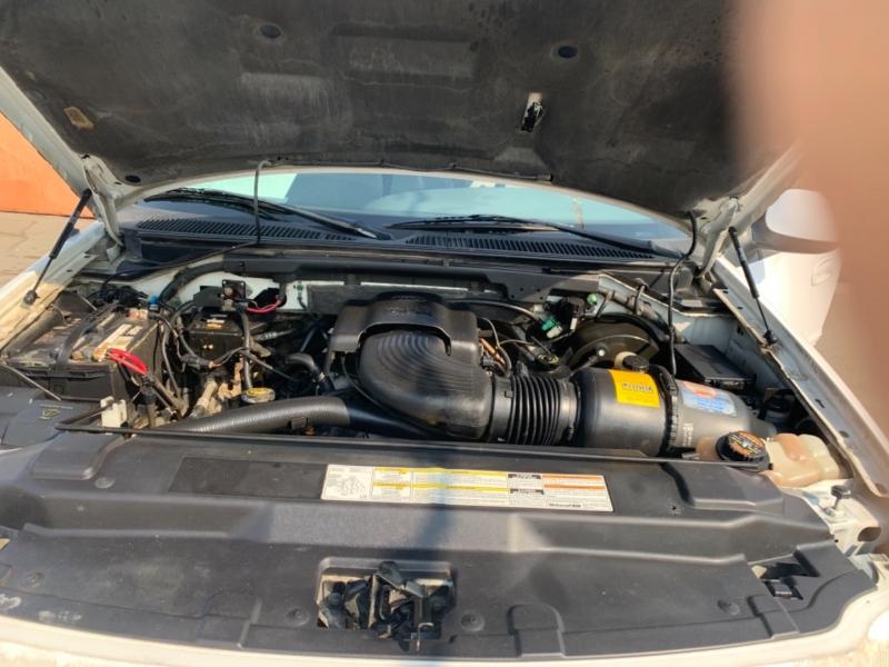 Ford F-150 SuperCrew 2001 price $7,824