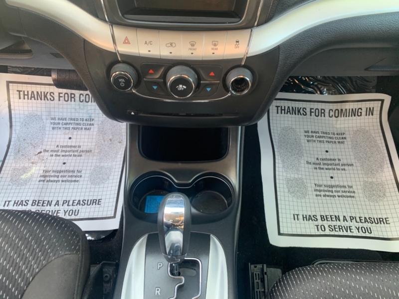 Dodge Journey 2015 price $10,935