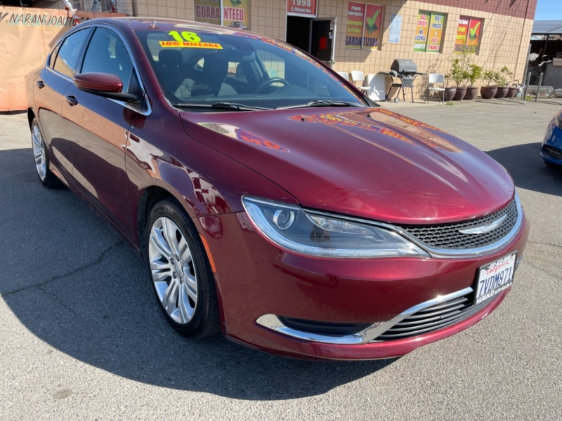 Chrysler 200 2016 price $14,170