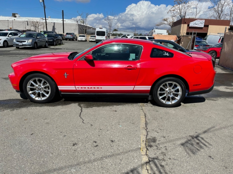Ford Mustang 2010 price $9,998