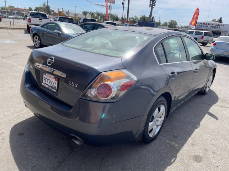 Nissan Altima 2007 price $5,998