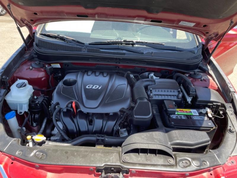 Hyundai Sonata 2013 price $9,998