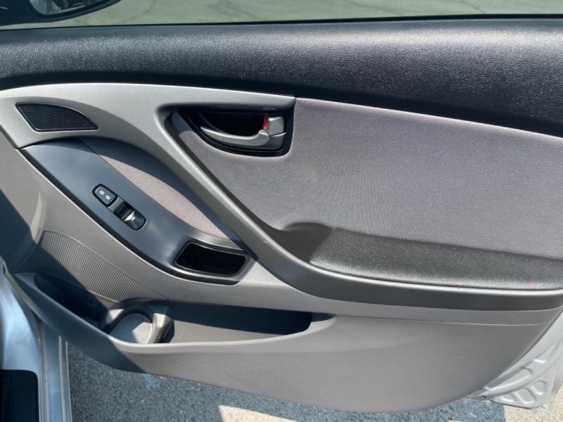 Hyundai Elantra 2015 price $12,959