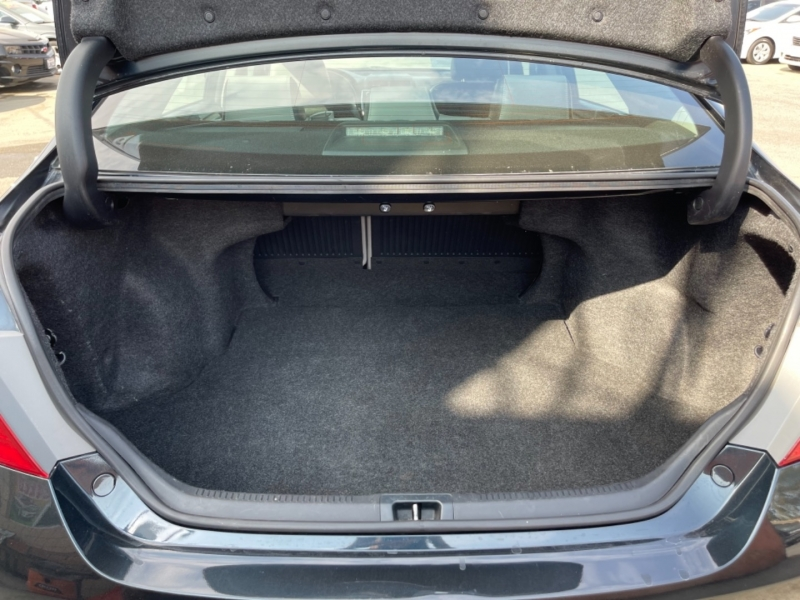 Toyota Camry 2015 price $14,998