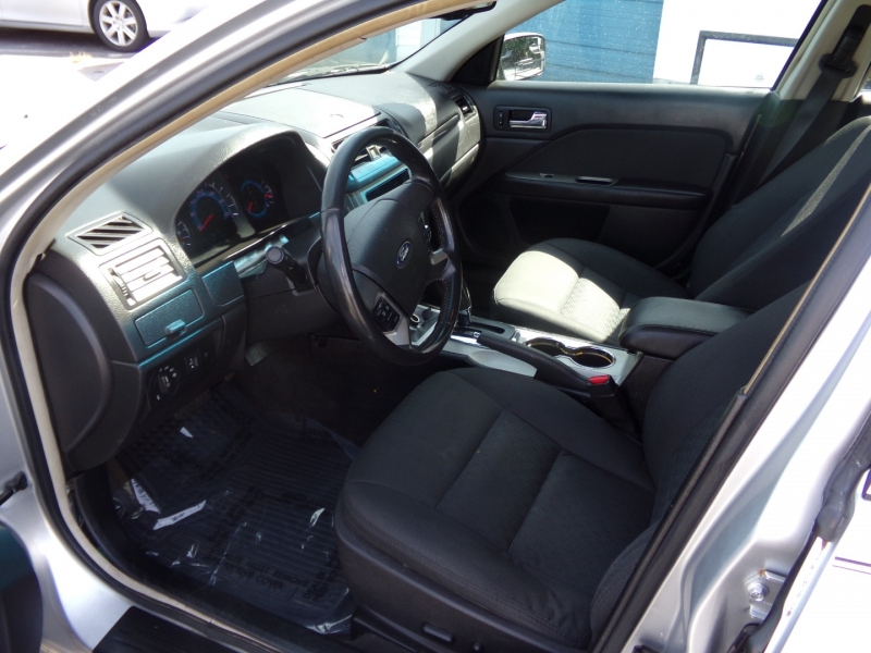 Ford Fusion 2011 price $8,500