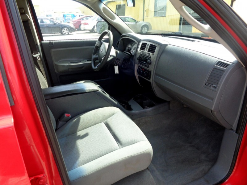 Dodge Dakota 2006 price $5,995