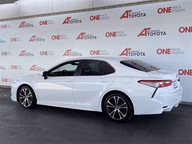 Toyota Camry 2018 price $19,281