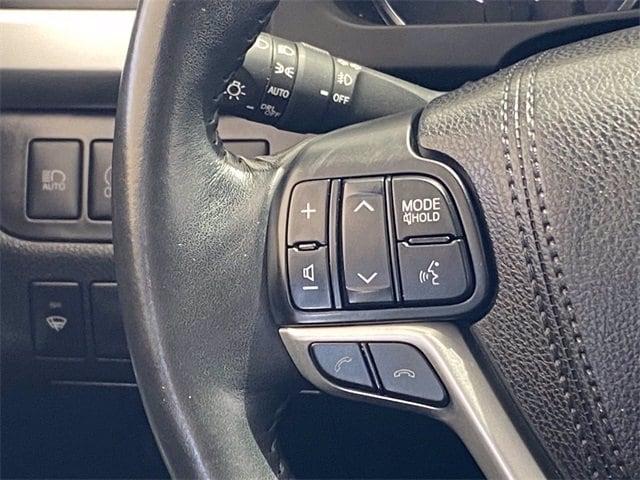 Toyota Highlander 2018 price $30,981