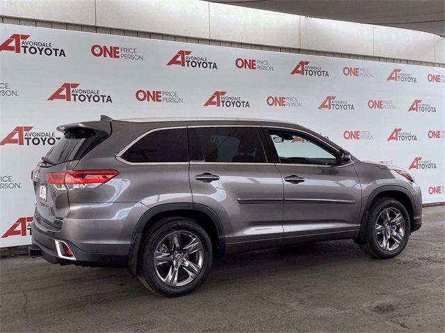 Toyota Highlander 2019 price $39,981