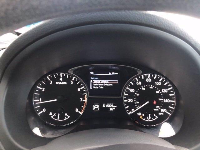 Nissan Altima 2015 price $10,985