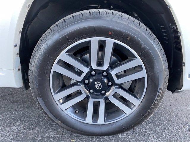 Toyota 4Runner 2017 price $36,985