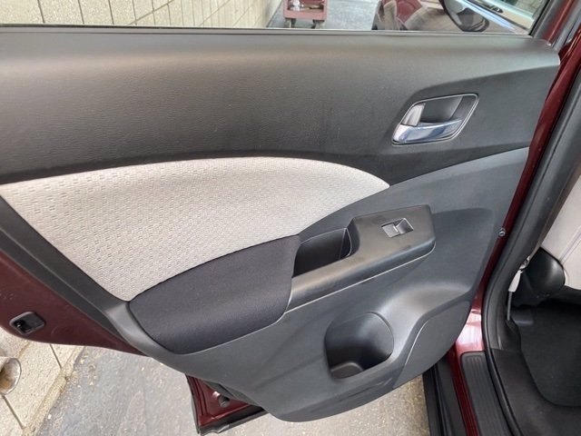Honda CR-V 2015 price $16,981